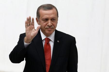 اردوغان: أمريكا أخطأت باسقاط أسلحة جوا على كوباني