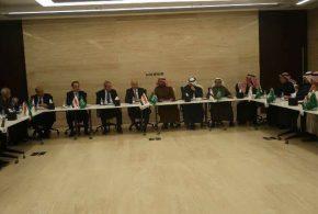 العراق والسعودية يوقعان مذكرتي تفاهم لتطوير منفذ عرعر الحدوي وتعزيز التعاون الجمركي
