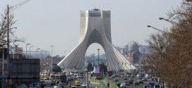 مستشار روحاني: من يتجاوز الخطوط الحمراء لإيران عليه تحمل التبعات