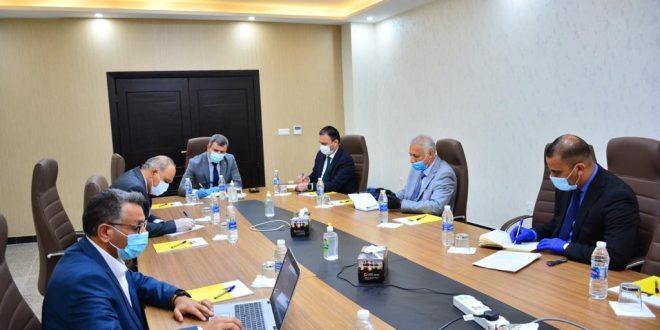 وزير النفط يلتقي إدارتي شركتي غاز الجنوب والحفر العراقية